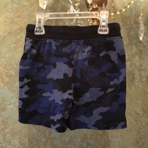 Like New! Polo Ralph Lauren Camo stretch shorts
